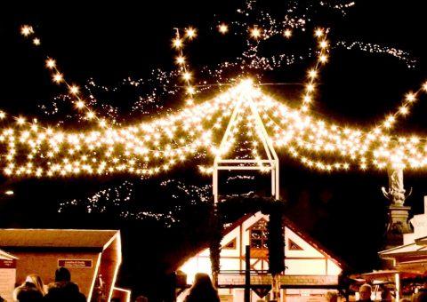 Il villaggio storico natalizio di Merano