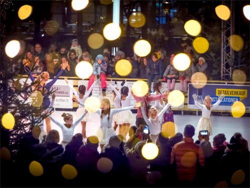 """Inaugurazione del """"Natale in piazza Terme"""""""